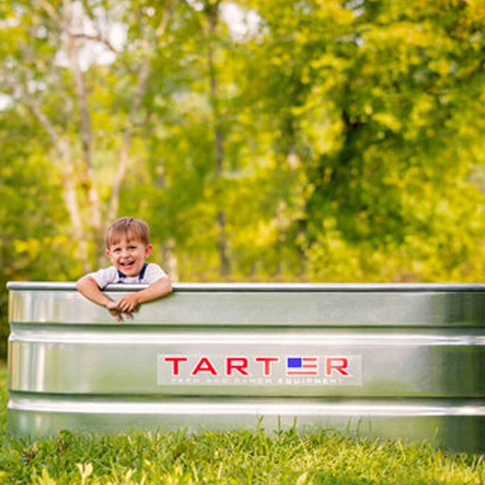 oval stocktank bad in de tuin van gegalvaniseerd staal